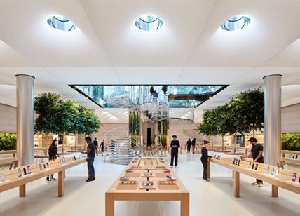 """Astronave aliena in via del Corso: """"Apple store, l'urbanistica senza regole"""""""