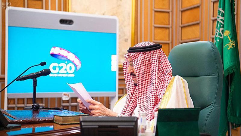 il re dell'Arabia Saudita Salman bin Abdul Aziz Al-Saud in collegamento durante il G20 di marzo