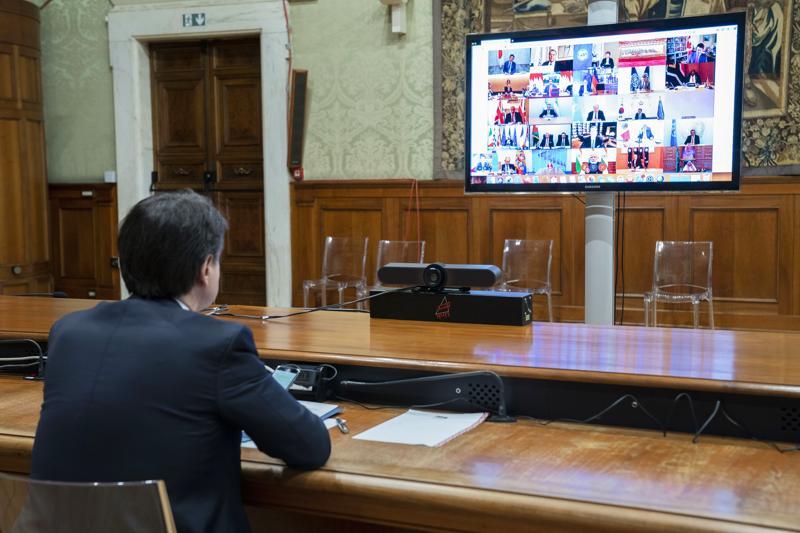 Giuseppe Conte in collegamento con i leader del G20 durante il summit di marzo (fonte LaPresse/Palazzo Chigi/Filippo Attili)