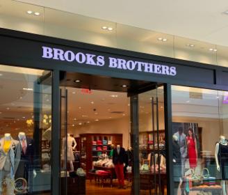 """Fondo Tal Apparel contro i Del Vecchio:""""Sabotate offerte per Brook Brothers"""""""