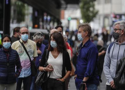 Regno Unito, report sconvolge gli esperti.Contagiati Covid: 89% sono vaccinati