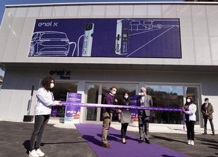Enel X Inaugurato Lo Store Di Roma La Prima Area Per La Ricarica Ultrafast Affaritaliani It