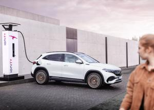 Mercedes entra nel mondo full electric con la EQA