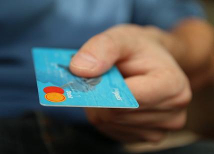 Cashback di Stato costoso e favorisce i ricchi