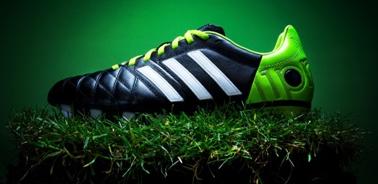 Del Brasile Foreste Scarpe Adidas La Da Collezione Con Calcio Di Alle Pluviali Ispirata Earth O7Tx46w7q