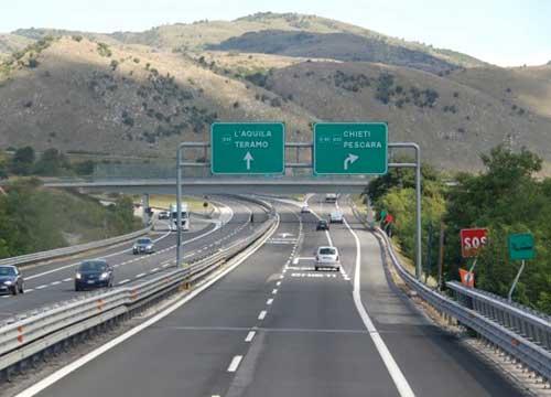 Italia penultima tra i 5 maggiori Paesi Ue per l'indice sulla dotazione di infrastrutture ogni mille abitanti I dati Airp