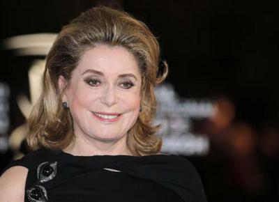 Catherine Deneuve controcorrente: