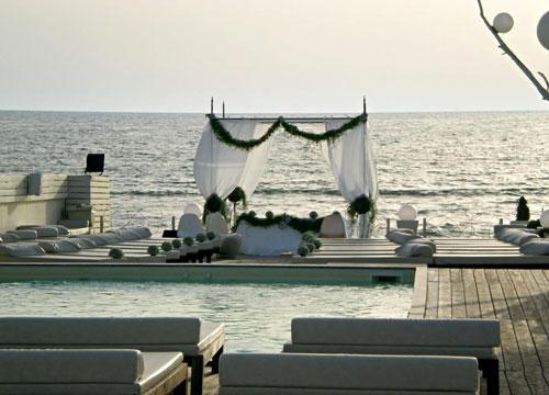 Matrimonio In Spiaggia Roma : Fiumicino fregene matrimonio da sogno il sì in spiaggia ora