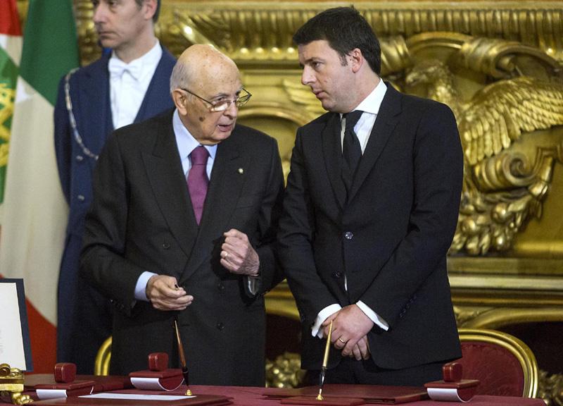 """Referendum, Napolitano """"rimprovera"""" Renzi """"Errori a inizio campagna hanno favorito il No"""""""