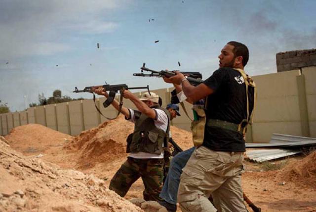 Parigi conferma presenza forze speciali in Libia