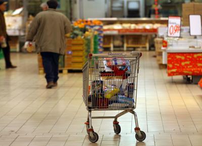 Prezzi, Istat: a febbraio inflazione +0,4% su mese e +1,6% su anno