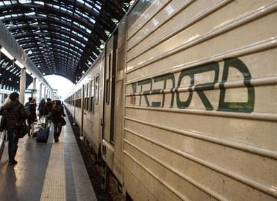 Aggredita sul treno, la Regione Lombardia chiede militari per presidiare le stazioni