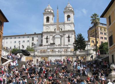 """Pasqua a Roma, """"sul turismo il Comune dà i numeri"""". Albergatori: \"""