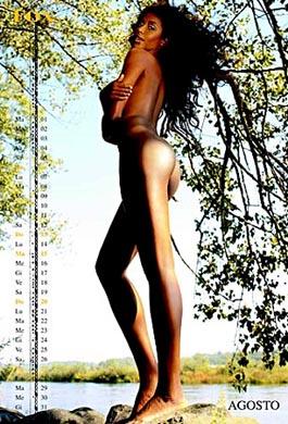 Ainette Stephens Calendario.La Dolce Aintett Pantera Nera In Tv E Castigata In