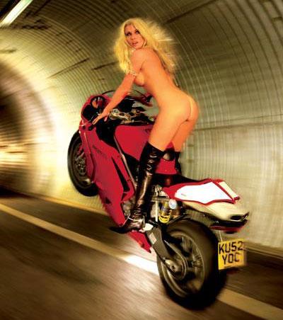 Donne motori annunci