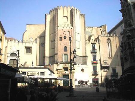 Napoli esoterica/ Scopri tutti i luoghi sinistri della città, con il ...